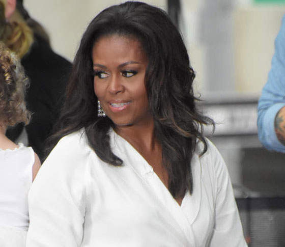 In Her New Book, Michelle Obama Says Barack Taught Her How To Swerve